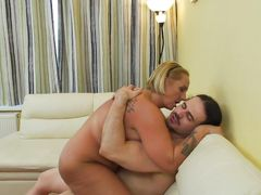 blonde lady gets rammed by her horny lover