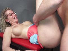 mature lady gets screwed